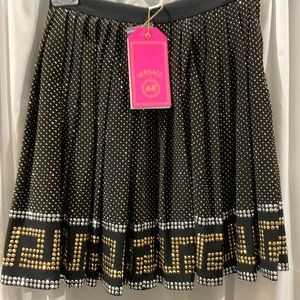 Brand New Versace for H&M Studded Mini Skirt Sz 2